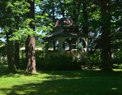 Český Krumlov - altán v zámecké zahradě