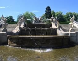 Český Krumlov - kaskádová fontána v zámeckém parku