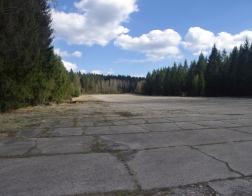 CHKO Brdy - bývalé vojenské letiště pod Hejlákem