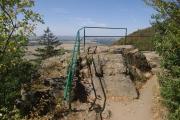 Vyhlídka  Dívčí kámen nedaleko zříceniny hradu Lichnice