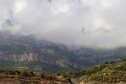 Výhled na Montserrat ze zastávky