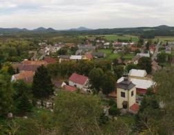 Výhled na obec Jestřebí