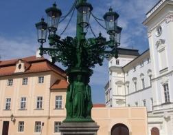 Praha - Hradčany, litinový kandelábr