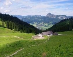 Rakousko - výlet do hor u města Tannheim, restaurace Usseralpe