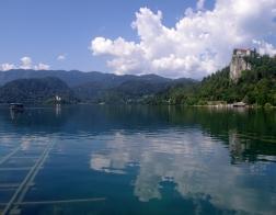 Slovinsko - Bledské jezero a ostrov Blejski Otok s kostelem panny Marie a Bledský hrad