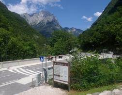 Slovinsko - most přes řeku Koritnica nedaleko pevnosti Kluže