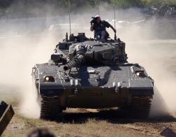 Česká republika - tankový den v Lešanech 2016, tank Merkava