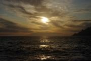 Korsika - západ Slunce ve městečku Porto